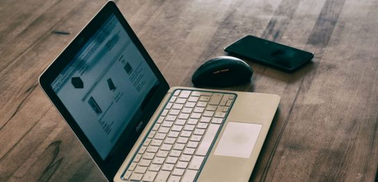 ラップトップパソコン